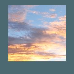 青空 夕日 朝陽 宇宙 雲 白 雲母光写真太陽