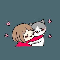 ハチワレ猫と女の子
